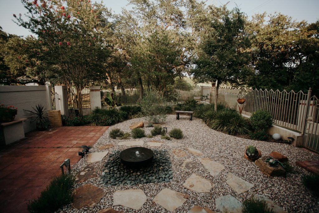 Xeriscape-Back-Yard-and-Patio